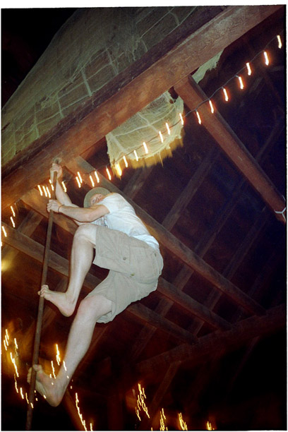 barn_climb
