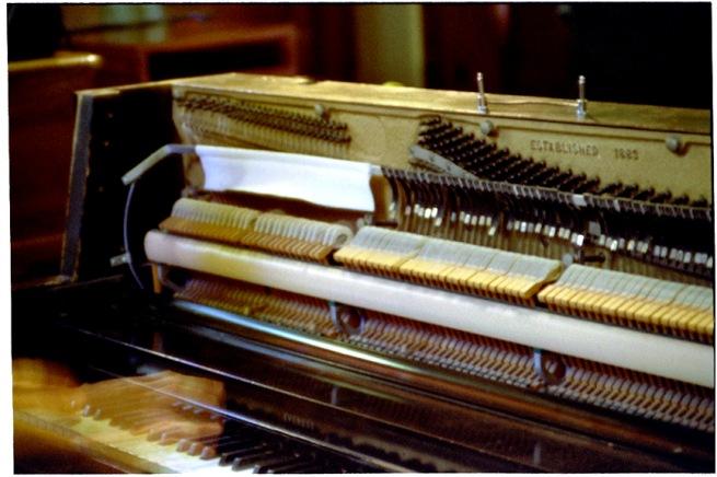 studio_piano